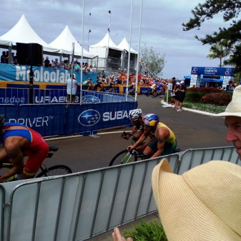 Elite men during bike stage