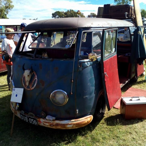 Kombi van at Surf Show and Shine